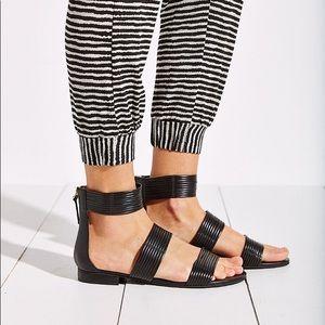 Seychelles Black Corona Sandals sz 9.5